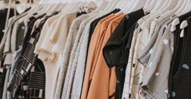 clothing-on-hangers-720x480