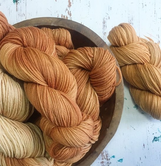 henna-dyed-wools