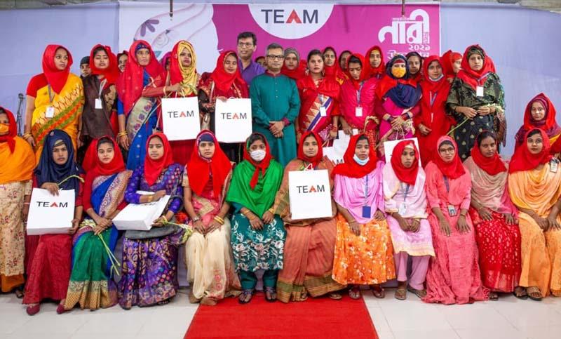 team-group-women