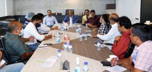 BGMEA president talked with small group of Reporter