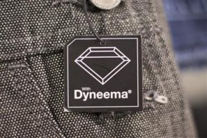 dyneema-fabric