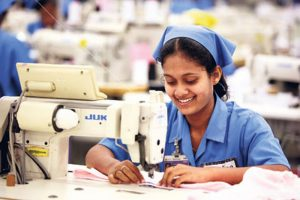 srilankas-apparel